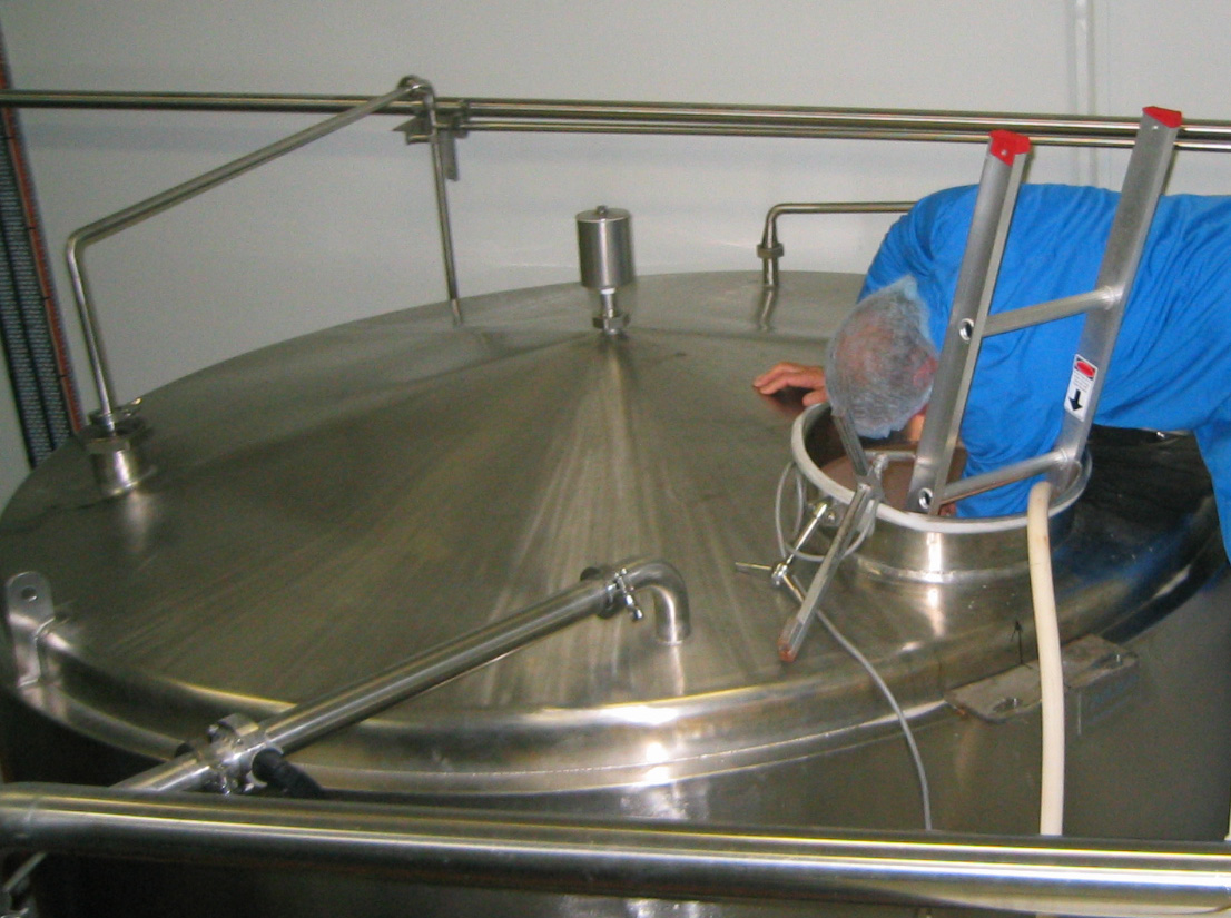 Commercial Domestic Or Home Water Tank Cleaning Services